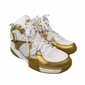 Nike Air Raid Metallic Gold Sneakers
